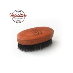 1541 London Travel Beard Brush