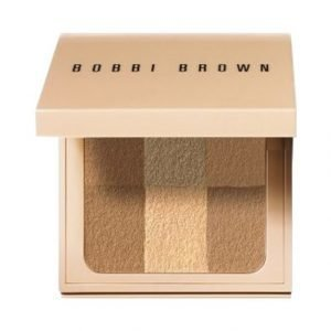 Bobbi Brown Nude Finish Illuminating Powder Valopuuteri