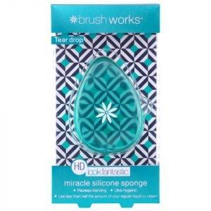 Brushworks Hd Silicone Miracle Sponge Tear Drop Applicator Teal