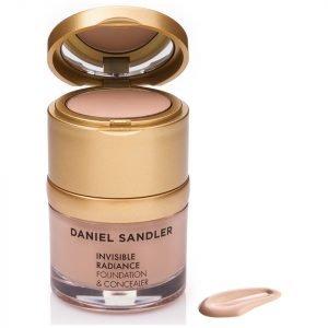 Daniel Sandler Invisible Radiance Foundation And Concealer Beige