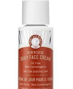 First Aid Beauty Daily Face Cream Oil Free
