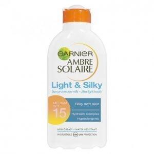 Garnier Ambre Solaire Light & Silky Spf 15 Aurinkoemulsio 200 Ml