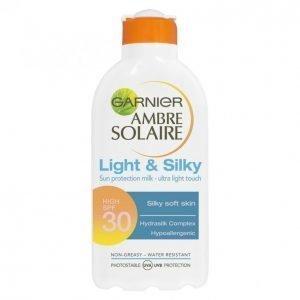Garnier Ambre Solaire Light & Silky Spf 30 Aurinkoemulsio 200 Ml