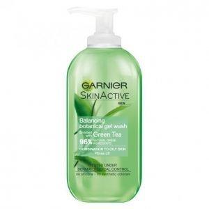 Garnier Skin Active Green Tea Tasapainottava Puhdistusgeeli 200 Ml