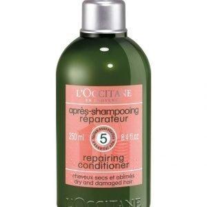 Loccitane Aromachologie Repairing Conditioner Hoitoaine 250 ml