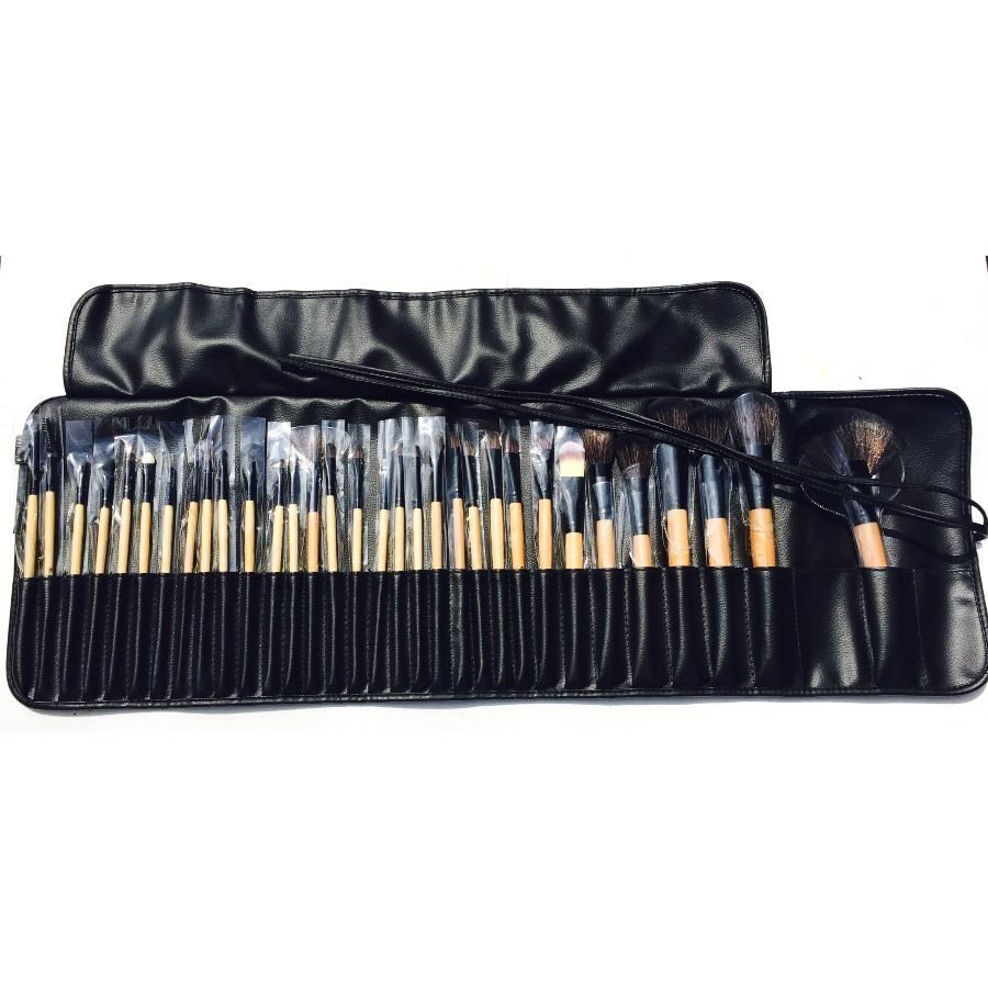 London Pride Soft Leather 32pc Bamboo Brush Set Meikkisivellinsetti