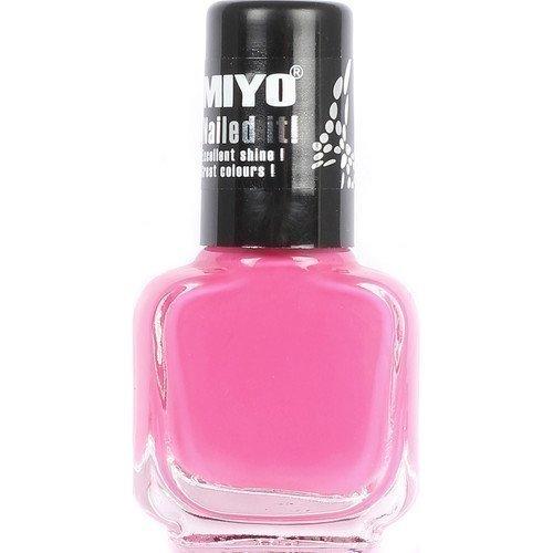 MIYO Nailed it! Showgirl