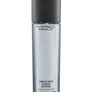 Mac Mineralize Charged Water Cleanser Meikinpoistoaine 100 ml