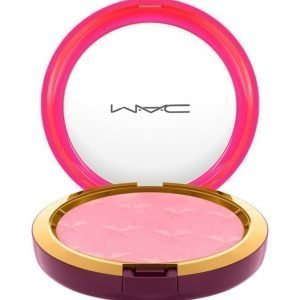 Mac Nutcracker Sweet / Magic Dust Powder Korostuspuuteri Yum Yum Yum