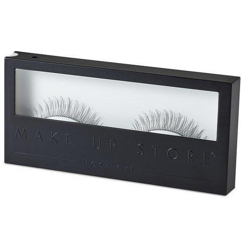 Make Up Store Eyelashes Pefect