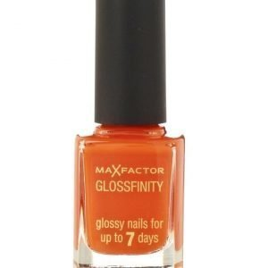 Max Factor Glossfinity kynsilakka