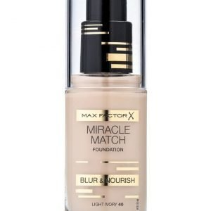 Max Factor Miracle Match 40 light ivory