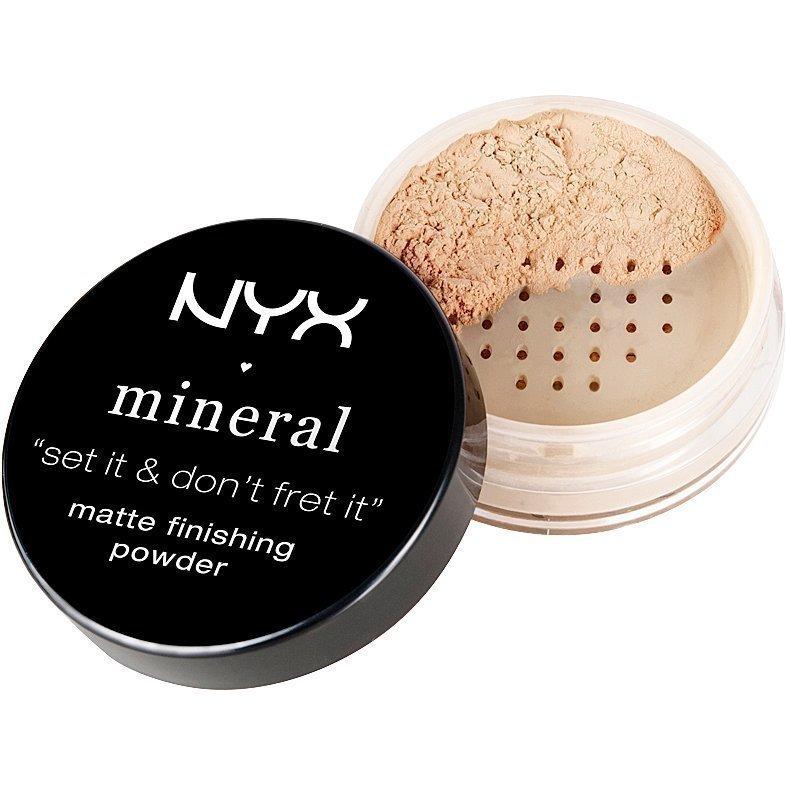 NYX Mineral Matte Finishing Powder MFP01 Light/Medium 8g