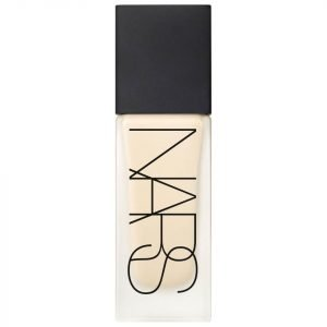 Nars Cosmetics All Day Luminous Weightless Foundation Ceylan