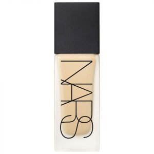 Nars Cosmetics All Day Luminous Weightless Foundation Stromboli