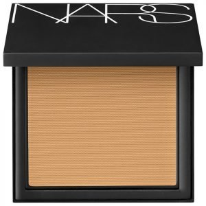 Nars Cosmetics Luminous Powder Foundation Stromboli