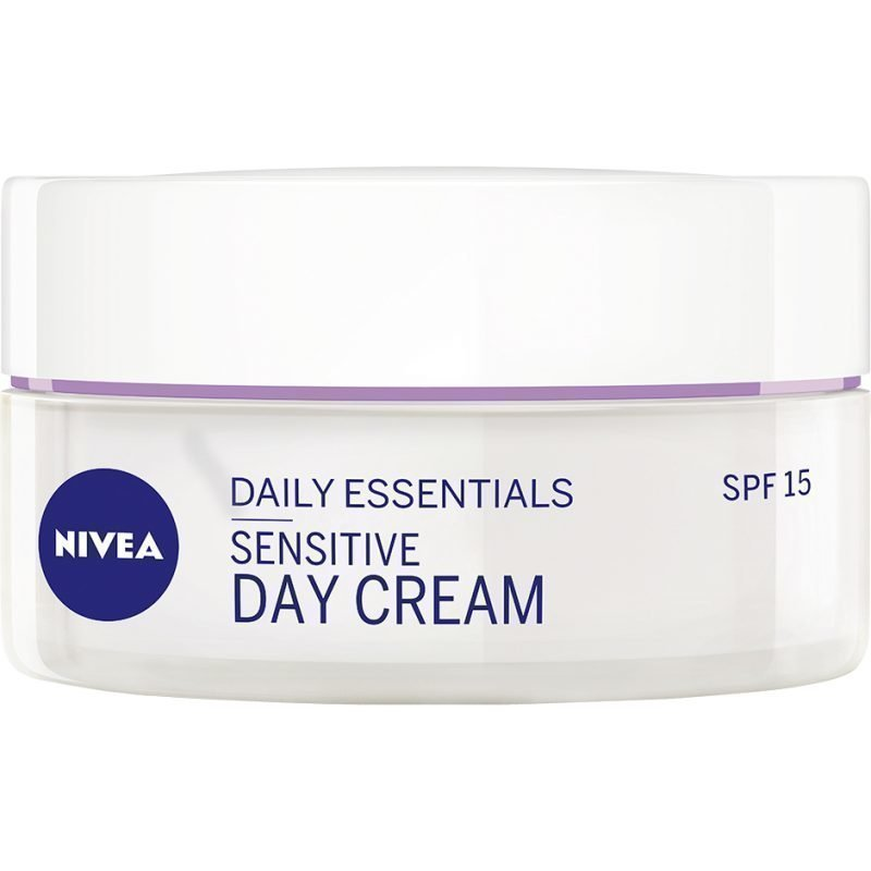 Nivea Daily Essentials Sensitive Day Cream SPF15 50ml