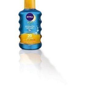 Nivea Protect & Refresh SPF 20 Spray