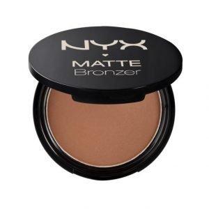 Nyx Matte Body Bronzer Aurinkopuuteri