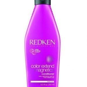 Redken Color Extend Magnetics Conditioner Hoitoaine 250 ml