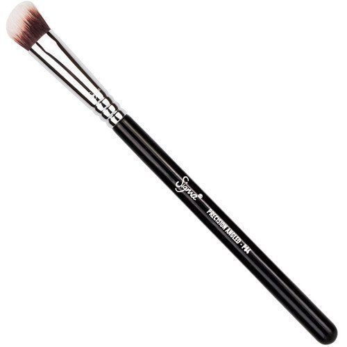 Sigma Precision Angled Brush P84