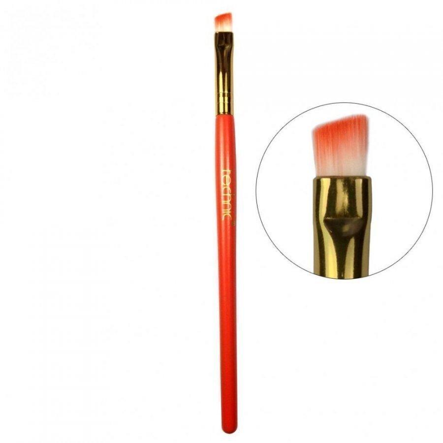 Technic Slanted Eyeshadow Brush