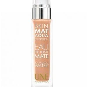 Une Skin Mat Aqua Foundation Meikkivoide