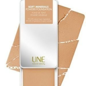 Une Soft Minerals Powder Foundation M08