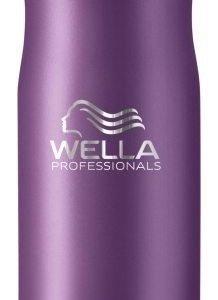 Wella Professionals Balance Clean Anti Dandruff Shampoo