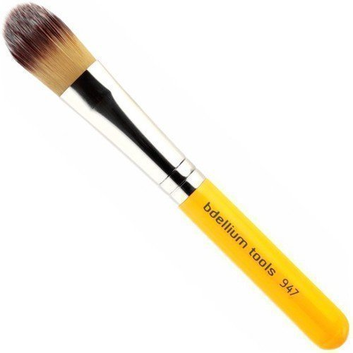 bdellium Tools 947 Small Foundation Brush