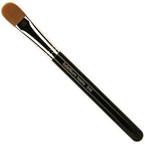 bdellium Tools Maestro 946 Firm Foundation Brush