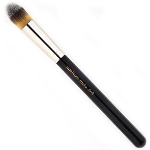 bdellium Tools Maestro 949 Pointed Foundation Brush