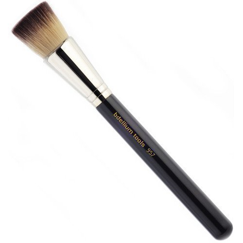 bdellium Tools Maestro 957 Precision Kabuki Brush
